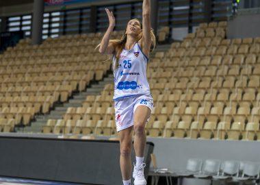 Karina Michałek KS Basket 25 Bydgoszcz