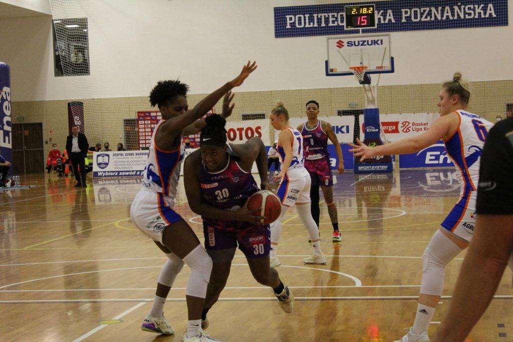 Shante Evans - KS Basket 25 Bydgoszcz